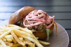 Hamburger de Mentai de porc Photo stock