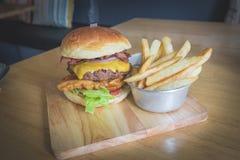 Hamburger del manzo/Male di rottura Fotografia Stock