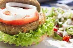 Hamburger del Veggie di tentazione Immagine Stock