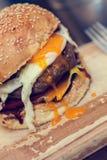 Hamburger dell'uovo fotografia stock
