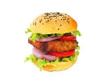 Hamburger do bife de costeleta da carne de porco isolado no branco com trajeto de grampeamento Imagens de Stock Royalty Free