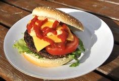 hamburger domowej roboty Zdjęcie Royalty Free