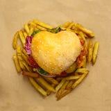 Hamburger en forme de coeur Image stock