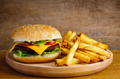 Hamburger en gebraden gerechten Royalty-vrije Stock Foto