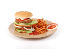 Hamburger et fritures Photo stock