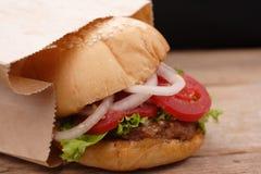 Hamburger et pommes frites images stock