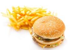 Hamburger et pommes frites d'isolement Photos libres de droits