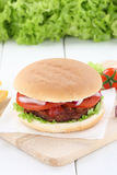 Hamburger fresh beef tomatoes lettuce Stock Images