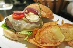Hamburger gastronomico Fotografie Stock