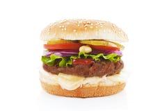 Hamburger isolato su bianco. Immagini Stock