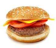 Hamburger, kanapka, hamburger z serem, pomidor, mięśni paszteciki i babeczki z sezamowymi ziarnami na białym tle, Zdjęcia Royalty Free