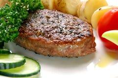 Hamburger met groente Stock Foto's