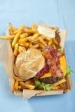 Hamburger mit Fischrogen Stockbild