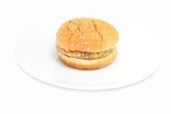 Hamburger op schijf Stock Foto