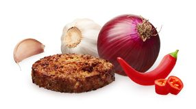 Hamburger, red onion, hot chili pepper and garlic with cloves Royalty Free Stock Photos