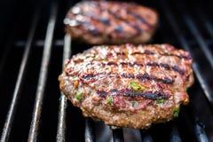 Hamburger sulla griglia Immagine Stock Libera da Diritti