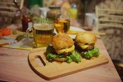 Hamburgers Photographie stock libre de droits