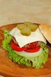 Hamburgers, snel voedsel, hamburger, hamburgerlapje vlees, sla, tomaat, Stock Fotografie