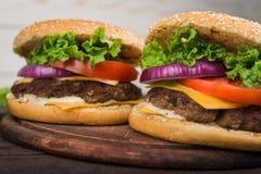hamburgeru smakowity świeży Fotografia Royalty Free