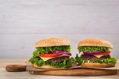 hamburgeru smakowity świeży Zdjęcia Royalty Free