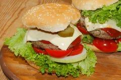 Hamburgery, fast food, hamburger, hamburgeru stek, sałata, pomidor, Zdjęcie Stock