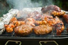 hamburgery z grilla Zdjęcie Stock
