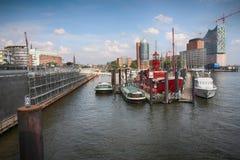 Hamburgo, Alemanha - 28 de julho de 2014: Ideia da paisagem do ` s de Hamburgo fotografia de stock