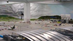 HAMBURGO, ALEMANHA - 8 de março de 2014: Flughafen Wunderland Até 40 aviões diferentes, de Cessna a Airbus A 380, são Imagens de Stock Royalty Free