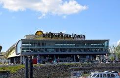 Hamburgo, Alemanha - Lion King Musical de Disney? fotos de stock