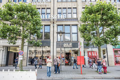 Hamburgo, Alemania - 14 de julio de 2017: Jack Wolfstone que se localiza la tienda está situado directamente cerca del townhall e Imagen de archivo