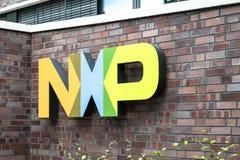 Hamburgo, Alemania - 13 de julio de 2017: Semiconductores N de NXP V es un fabricante global holandés que está empleando foto de archivo