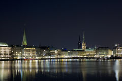 Hamburgo na noite Imagem de Stock Royalty Free