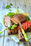 Hamburguer da carne enchido com cenouras Foto de Stock Royalty Free