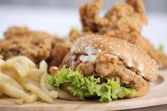 Hamburguer da galinha Fotografia de Stock