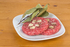 2 hamburguers Стоковые Фотографии RF