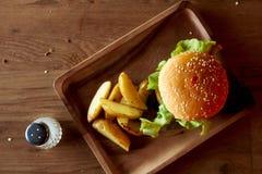 Hamburguesa del queso Fotografía de archivo