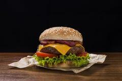 Hamburguesa del queso Imágenes de archivo libres de regalías