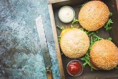Hamburguesa hecha en casa fresca fotografía de archivo
