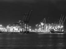 Hamburski port morski w Czarny I Biały Zdjęcie Stock