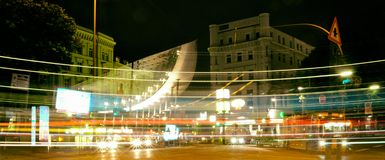 Hamburski sztuki Buld miasta StGeorg światła czerwieni tło zdjęcie stock