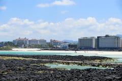 Hamdeok海滩和肋的风景 库存图片