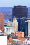Hamilton, Ontario, au centre ville en jour ensoleillé froid. Photographie stock libre de droits