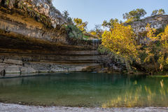 Hamilton Pool im Fall Lizenzfreie Stockfotos
