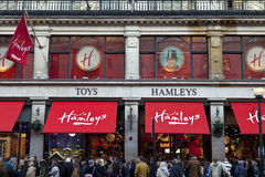 Hamleys Toy Shop en Londres Fotos de archivo libres de regalías