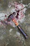 Hammer mit Blut Lizenzfreies Stockfoto