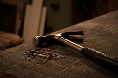 Hammer & spikar Royaltyfria Bilder