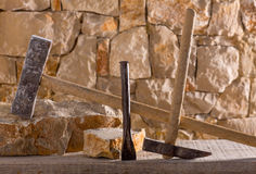 Hammer tools of stonecutter masonry work Stock Photography