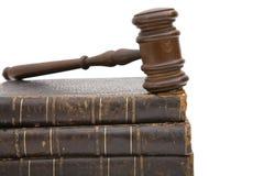 Hammer und Buch Lizenzfreies Stockfoto