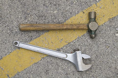 Hammer and wrench Royalty Free Stock Photos