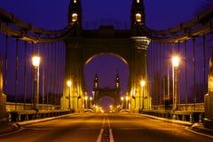 Hammersmith Brücke morgens Stockbild